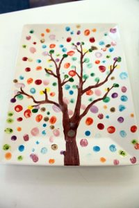 g-auction-tree-plate